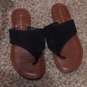 Shoes - Pacsun Sandles